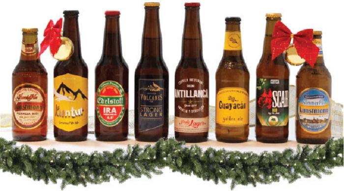 Mujeres optan por cervezas artesanales como regalo de Navidad
