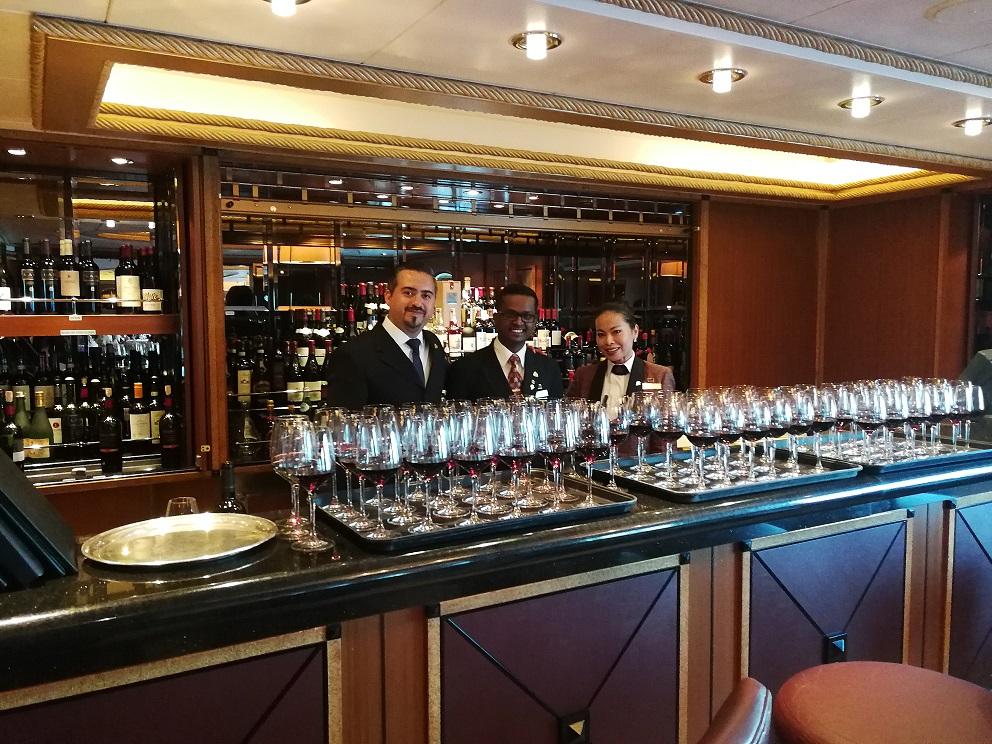 Vinos chilenos en Crucero Queen Victoria por el sur de país