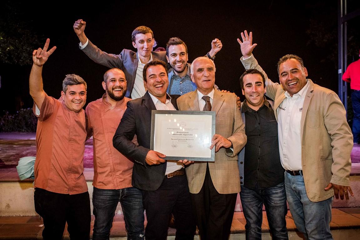 El Círculo de Cronista Gastronómicos y BordeRío se unen para destacar la gastronomía y vinos de Chile