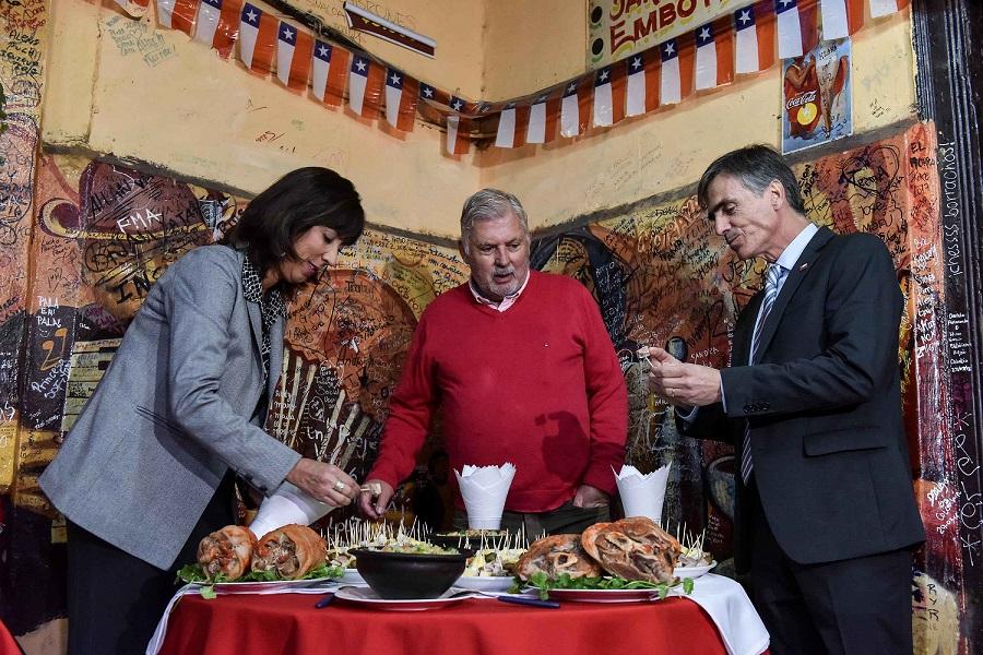 El gobierno lanza campaña para disfrutar el 18 en Chile