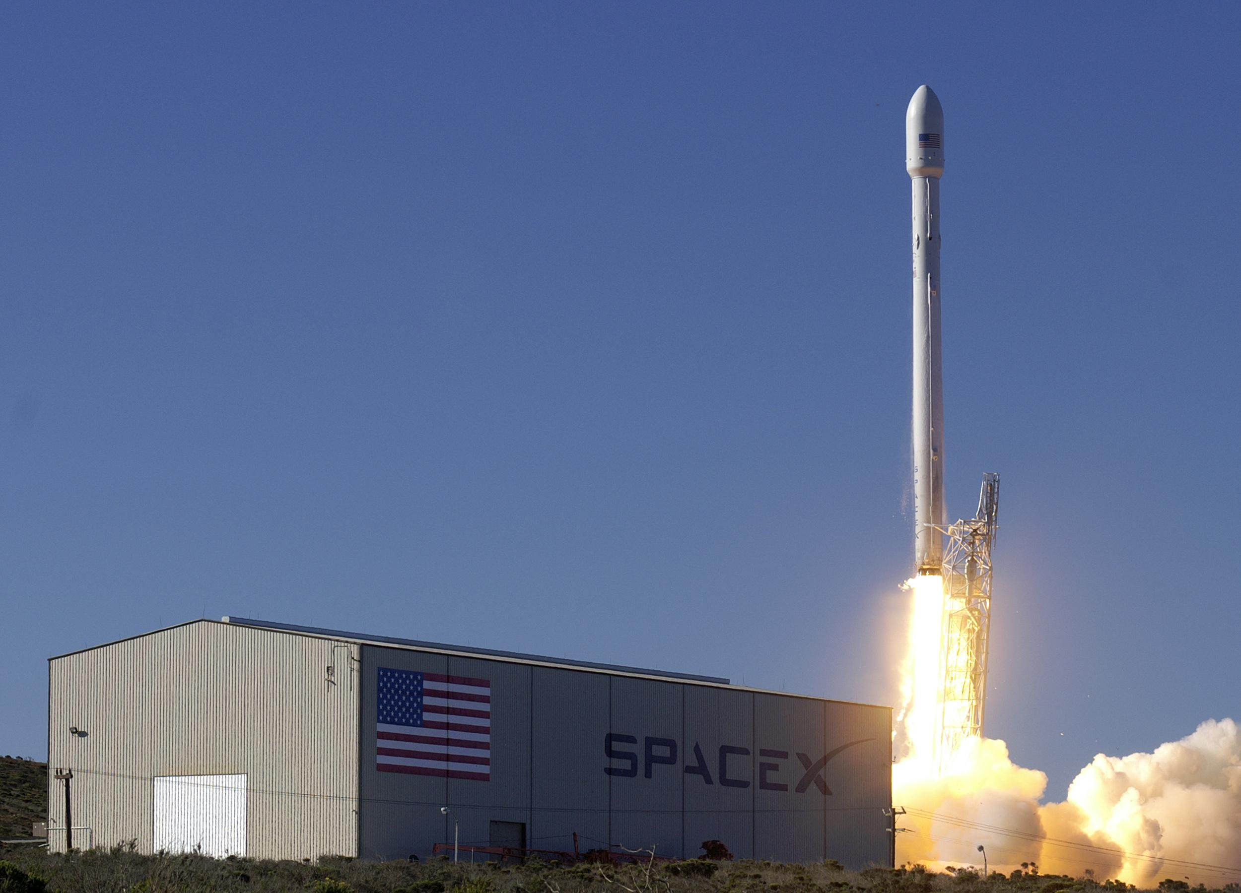 Hoy se lanza el cohete Falcon 9 de SpaceX.