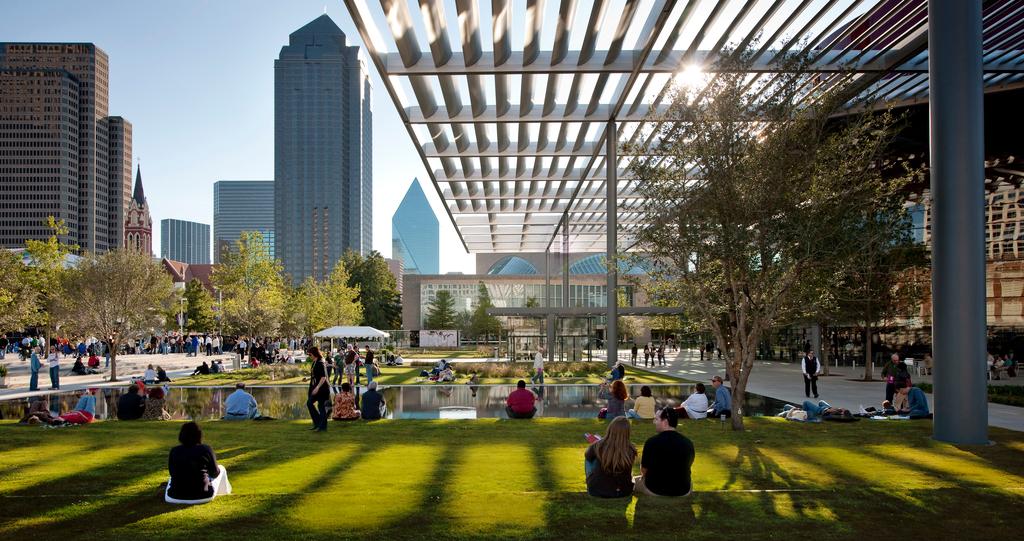 Dallas se promociona como destino turístico en Chile