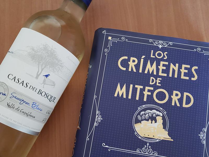 Primer concurso del año: Los crímenes de Mitford y Sauvignon Blanc 2018 de Casas del Bosque